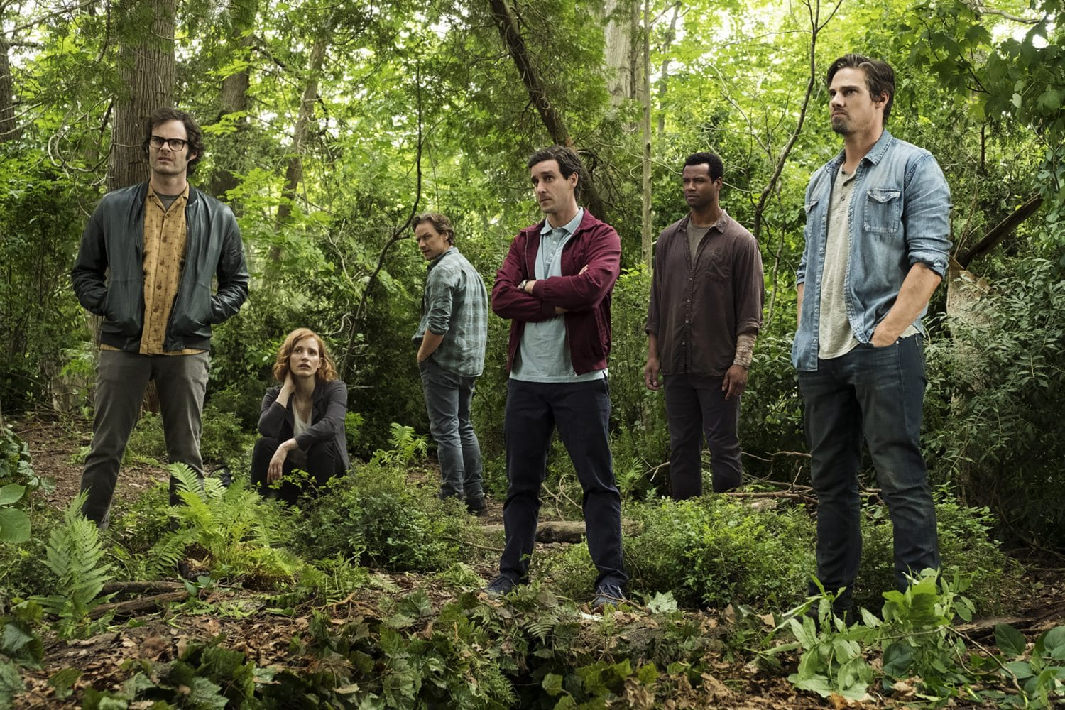 """(L-r) BILL HADER as Richie Tozier, JESSICA CHASTAIN as Beverly Marsh, JAMES MCAVOY as Bill Denbrough, JAMES RANSONE as Eddie Kaspbrak, ISAIAH MUSTAFA as Mike Hanlon, and JAY RYAN as Ben Hascomb in New Line Cinema's horror thriller """"IT CHAPTER TWO,"""" a Warner Bros. Pictures release. Photo by Brooke Palmer"""